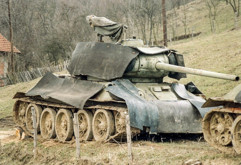 Serb T-34 with rubber armour