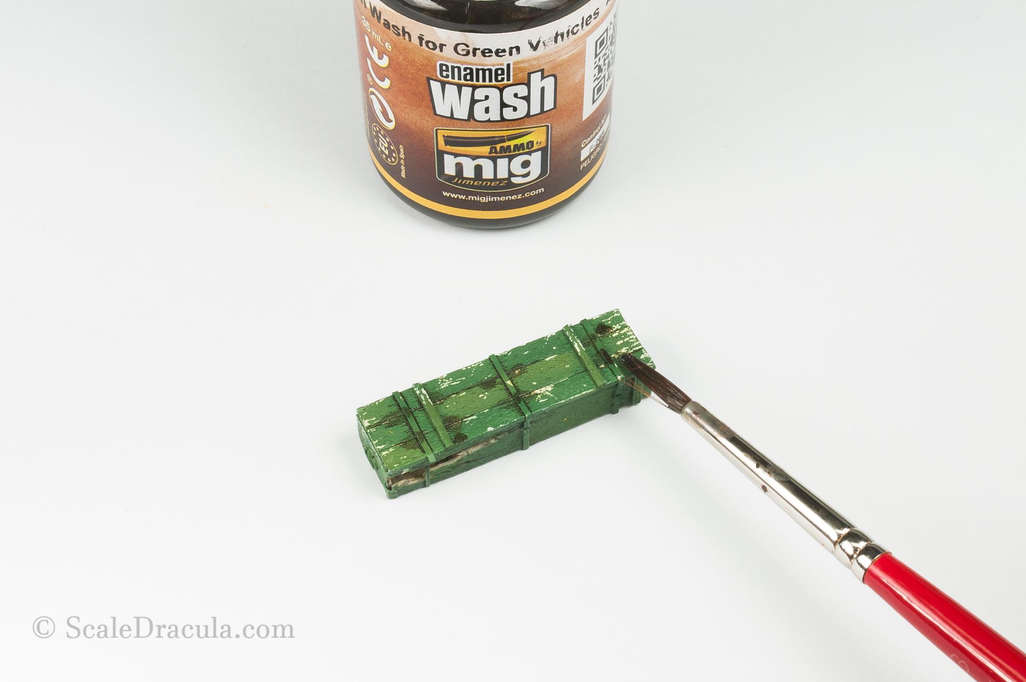 Enamel wash on ammo box, ZSU-57 by TAKOM