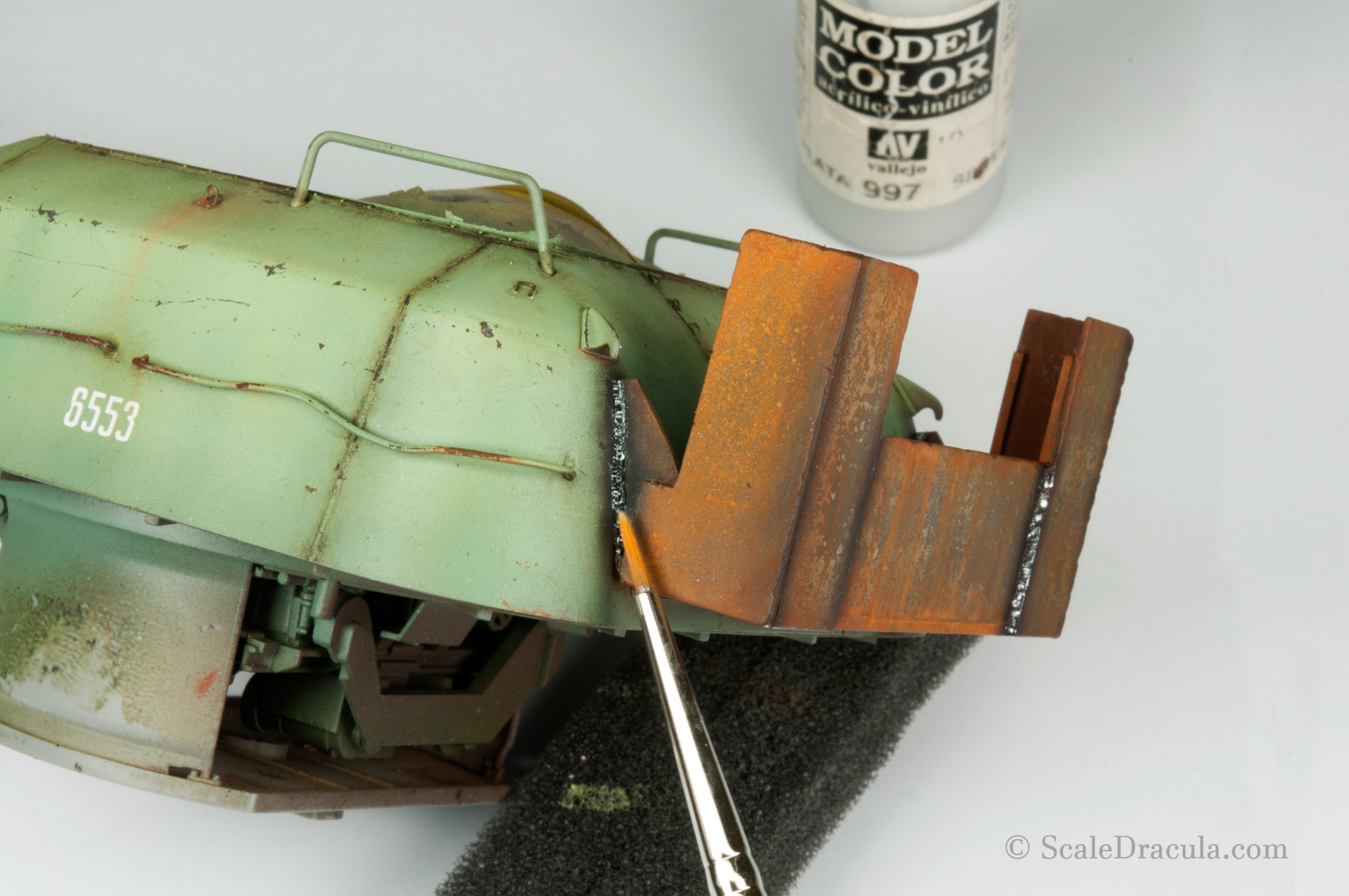 Painting the weld marks, ZSU-57 by TAKOM
