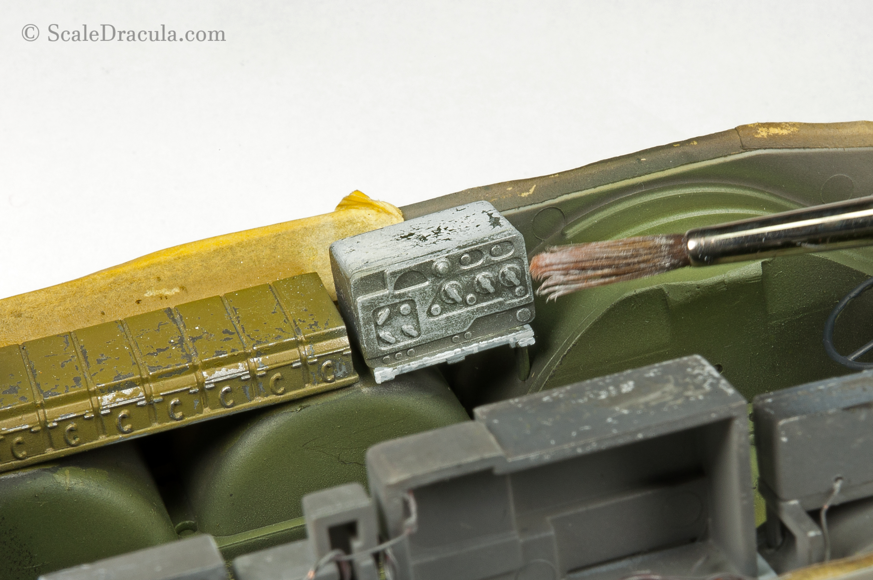 Dry-brushing aluminium colour, BRDM-2 by Trumpeter