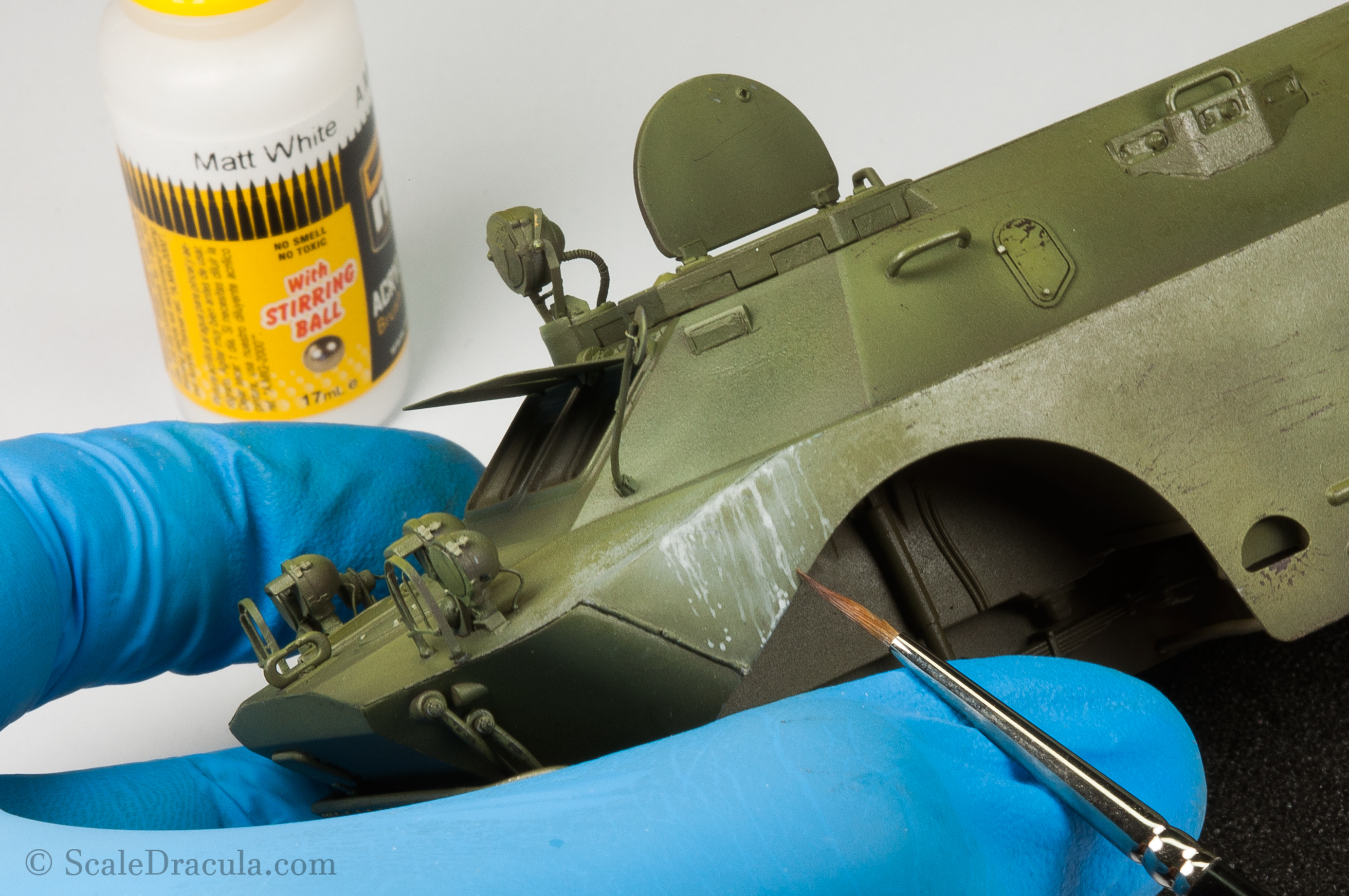 Painting washable white camo with a brush, BRDM-2 by Trumpeter