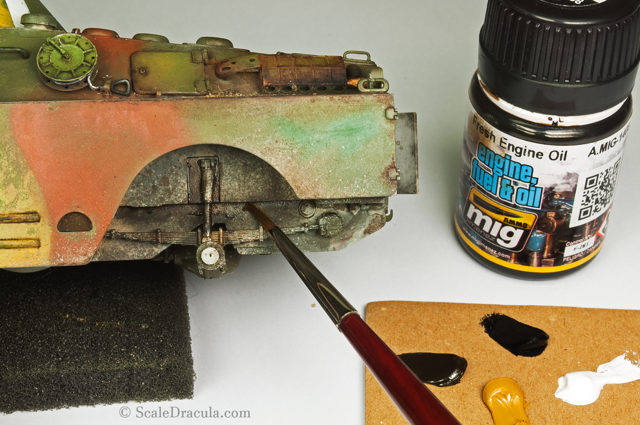 Fresh mud done with Ammo Fresh Engine Oil, BRDM-2 by Trumpeter