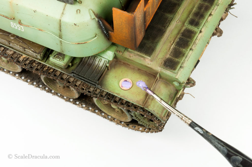 Painting bucket mark on fender, ZSU-57 by TAKOM