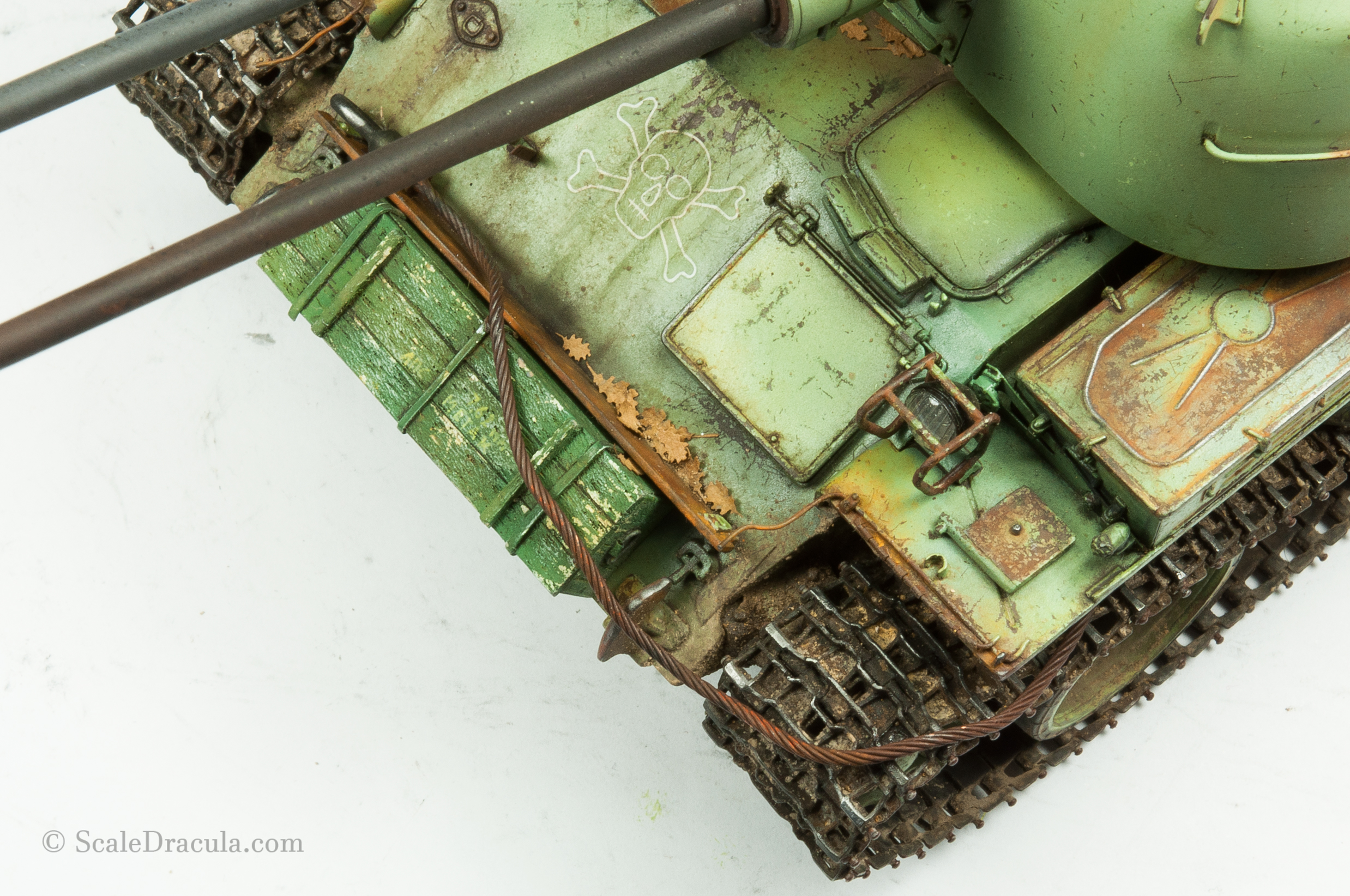 Leaves on the model, ZSU-57 by TAKOM