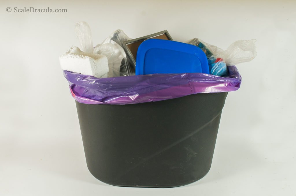 Trash can for crappy model bases