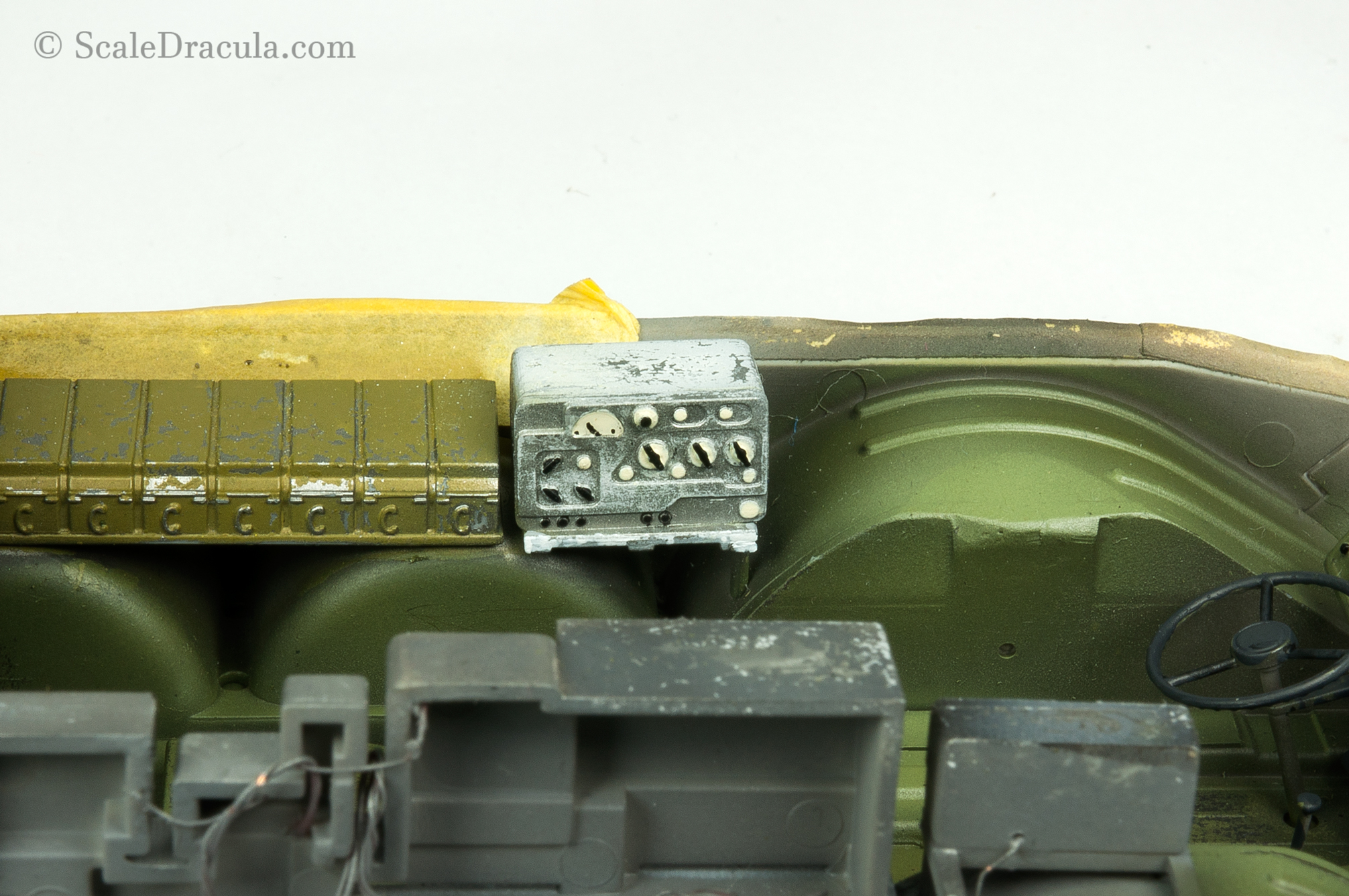 Painted radio, BRDM-2 by Trumpeter