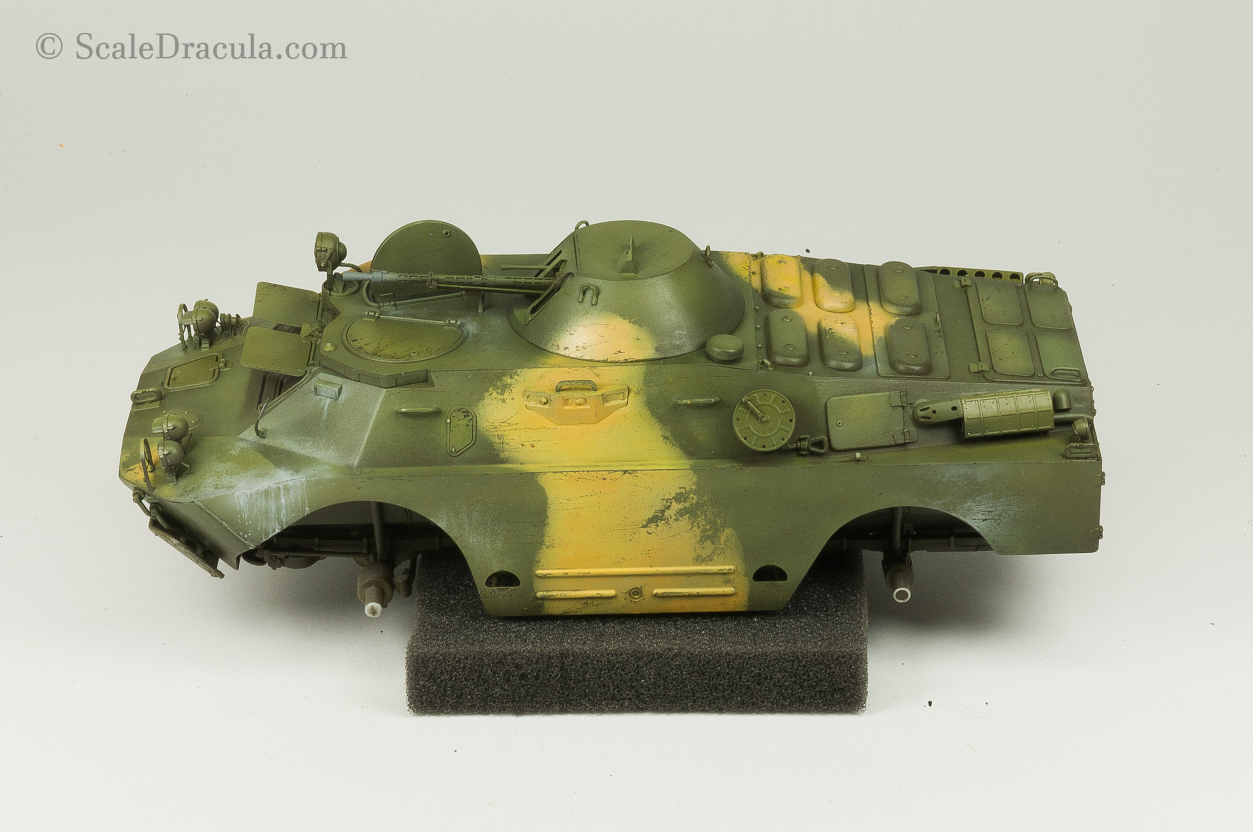 Chipping the yellow camouflage, BRDM-2 by Trumpeter