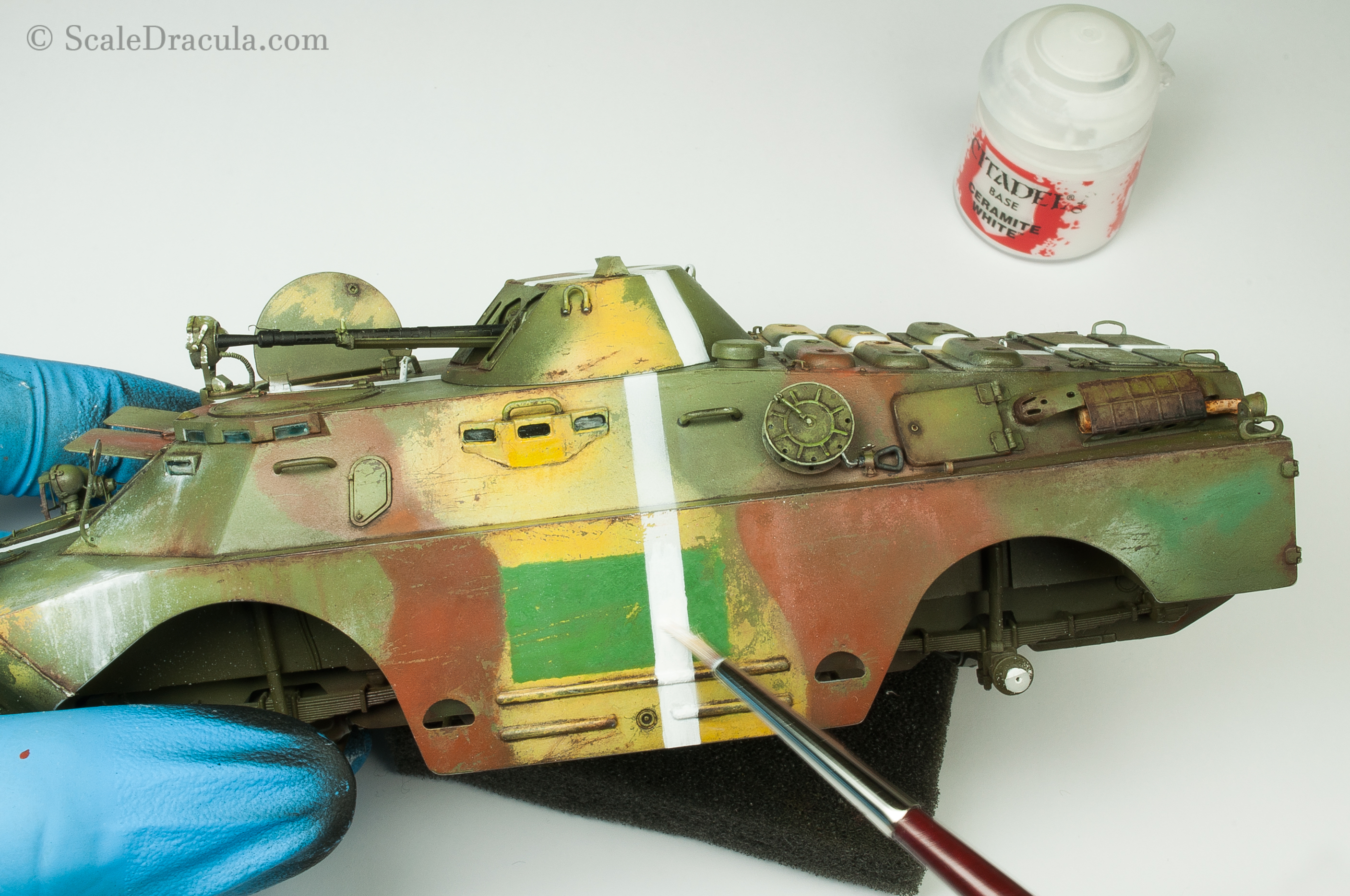 Painting the white stripe, BRDM-2 by Trumpeter