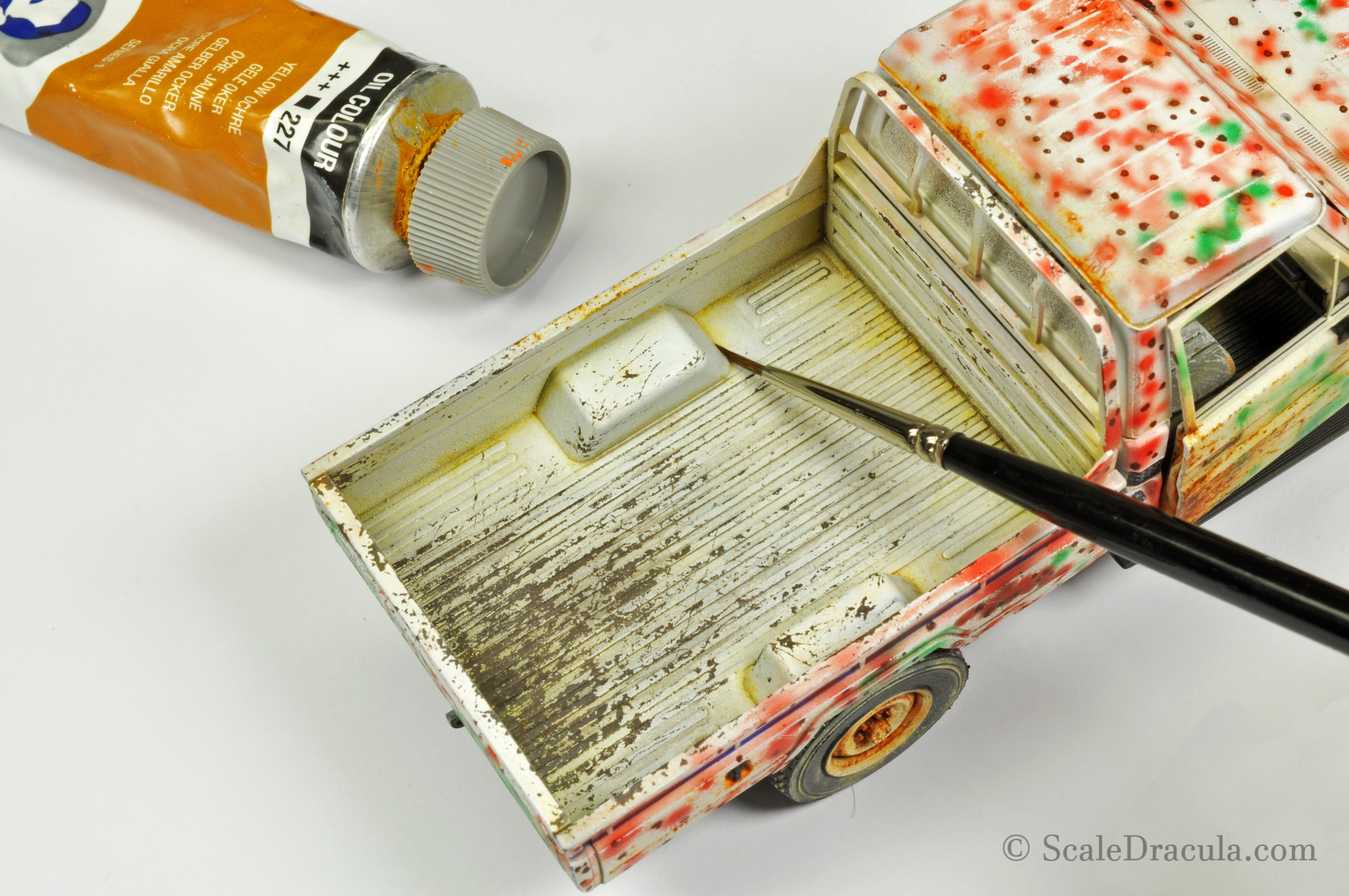 Weathering with oil paints, Toyota technical by Meng