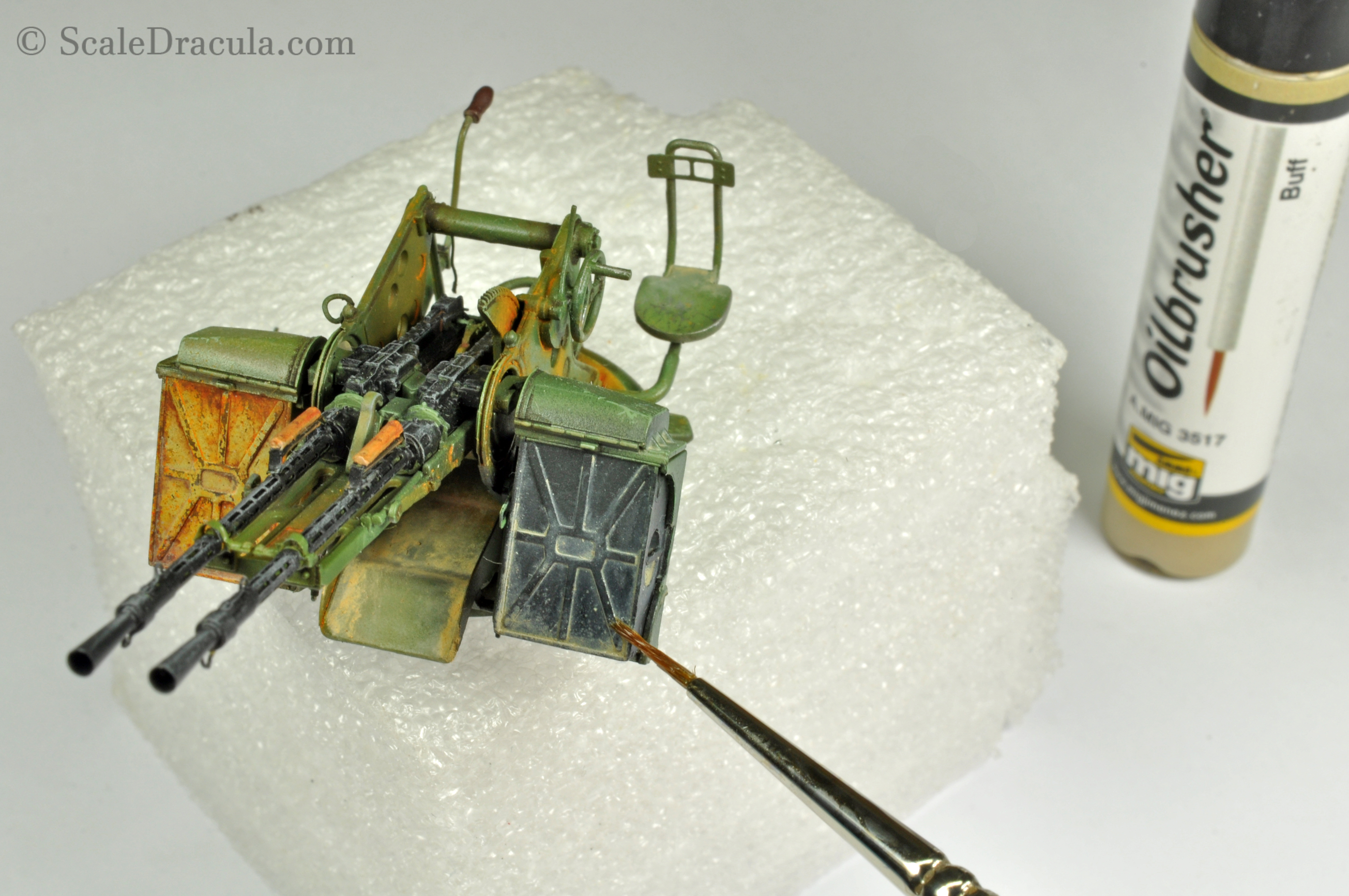 Weathering with oilbrushers, Toyota technical by Meng